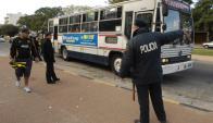 Policía en operativo por el Clásico. Foto:  Archivo EL País