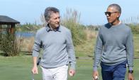 Mauricio Macri y Barack Obama juegan al golf. Foto: Casa Rosada