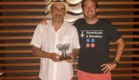 Ganador. Julio Seoane junto a Pablo Juan Carrère.