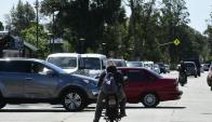 En cruces donde no hay semáforos se generan embotellamientos. Foto: M. Bonjour