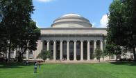 Fachada del Instituto de Tecnología de Massachusetts. Foto: Wikimedia Commons
