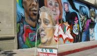 """El mural fue destruido y se realizó en su lugar otra pintura por artistas callejeros  en el marco del proyecto """"Salto pinta"""" apoyado por el MEC y la Intendencia. Foto: L. Pérez"""