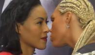 El beso de Mikaela Lauren y Cecilia Braekhus en el careo