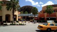 El Dolphin Mal, ubicado en el oeste de Miami-Dade, es muy visitado por turistas