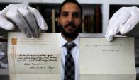Las notas, hasta el momento desconocidas, carecen de valor científico. Foto: AFP