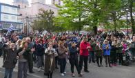 Protesta en la plaza San Fernando con críticas a Bonomi. Foto: Ricardo Figueredo