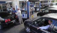 A partir de hoy aumentan las tarifas de los combustibles en el país. Foto: La Nación | GDA