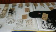 Con ayuda de la Policía se intentará determinar  si existe una denuncia sobre los objetos. Foto: Armada Nacional