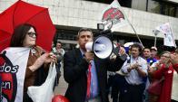 El grupo de damnificados reclama al Parlamento votar rápido la ley. Foto: F. Ponzetto