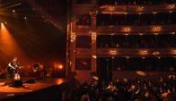 Recital de Lisandro Aristimuño, músico y cantautor argentino, en el Teatro Solis de Montevideo, Foto: Fernando Ponzetto