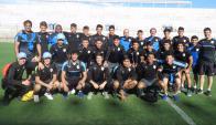 La sub 15 de Uruguay en el Estadio del Bicentenario, donde juega la fase de grupos. Foto: @Uruguay