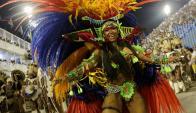 Las escuelas de samba aseguran ritmo, brillo y atractivo. Foto: Reuters