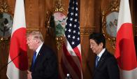 Trump y Abe mostraron una gran coincidencia para enfrentar al régimen norcoreano. Foto: AFP
