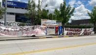Ocupación de la sucursal del BROU de la localidad de Rodó. Foto: D. Rojas