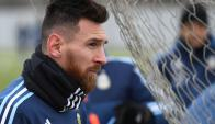 Lionel Messi entrenando con Argentina en Moscú