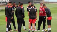 El entrenamiento de la selección peruana en Wellington. Foto: EFE