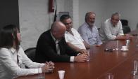 Reunión: representantes de UPM visitaron a Carmelo Vidalín. Foto: Víctor D. Rodríguez