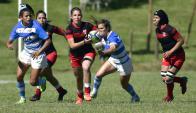 Rugby. El seven femenino se instaló en el torneo y Argentina venció a Perú 36-5. Hockey. Foto: Fernando Ponzetto.