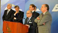 El vicepresidente de la Comisión Europea rodeado de cancilleres del Mercosur. Foto: Cancillería argentina