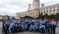 La selección uruguaya paseando por Viena