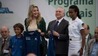 Temer y la primera dama Marcela en acto para combatir violencia en Río. Foto: AFP