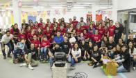 Durante 72 horas más de 60 voluntarios trabajaron para ofrecer soluciones de vida a seis jóvenes discapacitados. Foto: Viviana Bordoli