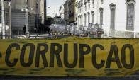 Protesta el viernes contra los casos de corrupción en Río. Foto: EFE