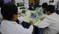 Education First señala que el Plan Ceibal permitió algunos progresos. Foto: A. Colmegna