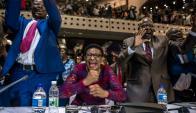 La renuncia de Mugabe se conoció en plena sesión que trataba su censura. Foto: AFP