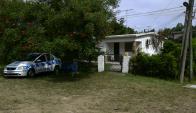 Marindia: la Policía mantiene un móvil frente a la casa del imputado. Foto: F. Ponzetto