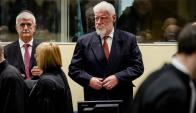 Slobodan Praljak  antes de que se leyera la sentencia. Foto: AFP