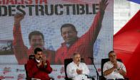 Maduro junto a Del Pino y Martínez, cuando eran funcionarios al régimen chavista. Foto: Reuters