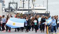 Familiares realizaron una marcha pacífica en Mar del Plata. Foto: Reuters