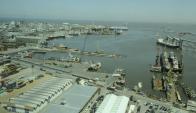El traslado del puerto pesquero y del dique flotante de Tsakos es ineludible para hacer lugar a UPM dentro del recinto portuario. Foto: D. Borrelli