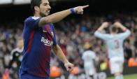 Luis Suárez le anotó dos goles al Celta de Vigo, pero uno se lo anularon