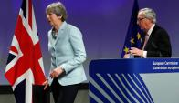 Bruselas: May y el presidente de la Comisión Europea Juncker. Foto: Reuters