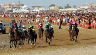 Con un derby similar al propuesto para Montevideo, en Cádiz (España)  se da comienzo a la temporada turística. Foto: Turismo Cádiz