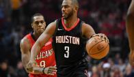 Chris Paul realizó grandes jugadas en el triunfo de Houston Rockets