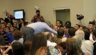 Jubilados y sindicalistas pretendieron ingresar a la fuerza en una comisión de Diputados. Foto: La Nación / GDA