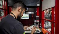 La nueva vida de las cabinas telefónicas de Londres. Foto: AFP