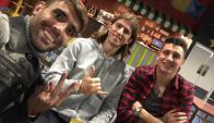 "Augusto Fernández, Filipe Luis y ""Josema"" Giménez. Foto: @filipeluis"