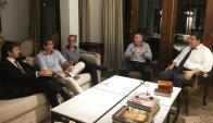"""""""Gran reunión con el presidente de Peñarol, Jorge Barrera, ya pensando en el futuro"""", destacó Marcelo Areco."""