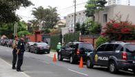 La casa de presidente peruano fuertemente custodiada. Foto. Reuters