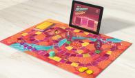 Los Exploradores. Esta línea une la dinámica del juego clásico de mesa con tecnología.