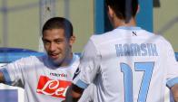 Walter Gargano y Marek Hamsik en el partido de Napoli. Foto: Archivo El País
