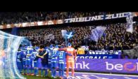 Futbolistas del Genk se unen a sus hinchas en la canción Jingle Bells