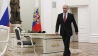 El presidente Putin al llegar al Kremlin para atender los asuntos del gobierno. Foto: Reuters