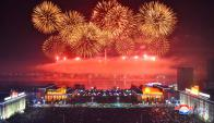 El despliegue de fuegos artificiales en Pyongyang, la capital norcoreana. Foto: Reuters