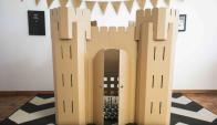 Lúdico. El set para armar el juguete se entrega en una valija que contiene cuatro torres y cuatro laterales; cada uno puede personalizarlo.