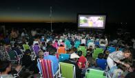 La propuesta es la de vivir noches de películas, frente al mar y bajo las estrellas. Foto: Ricardo Figueredo